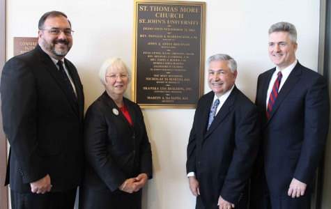 University consecrates plaque at ceremony