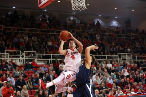 St. John's losing streak reaches ten