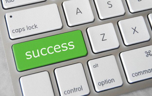 Reach Success By Setting Personal And Career Goals