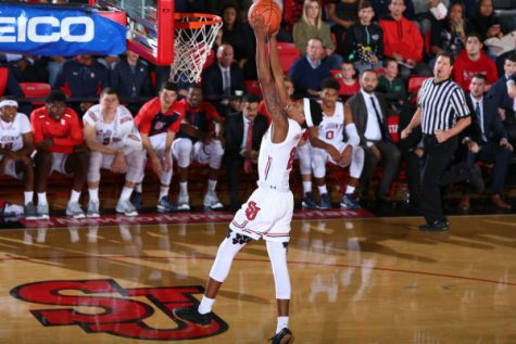 New backcourt duo leads St. John's over Binghamton