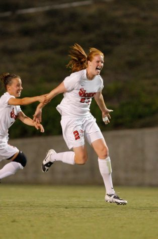 SJU Soccer Alum Vaila Barsley Called to Scottish National Team