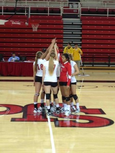 The volleyball team had a pretty easy night against the Seawolves.