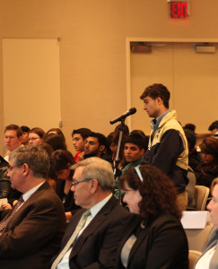Students voiced concerns to Provost, Dr. Mangione during the Academic Forum.
