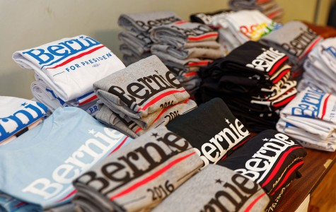 Bernie Sanders t-shirts line a table in Derry, NH. Photo: Wikimedia Commons