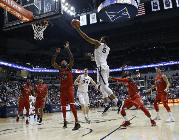 Trevon Bluiett had 15 points and 12 rebounds to lead Xavier over St. John's (Photo: Frank Victores-USA TODAY Sports)
