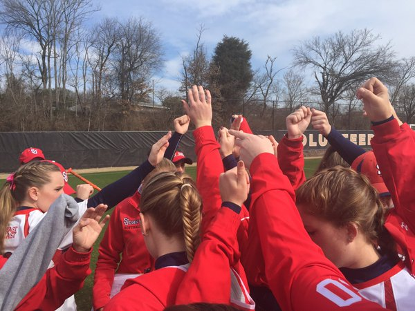 St. John's finished as the runner-up in the Tennessee Invitational during the weekend of March 5, 2016 (Photo: Twitter/@StJohnsSoftball)