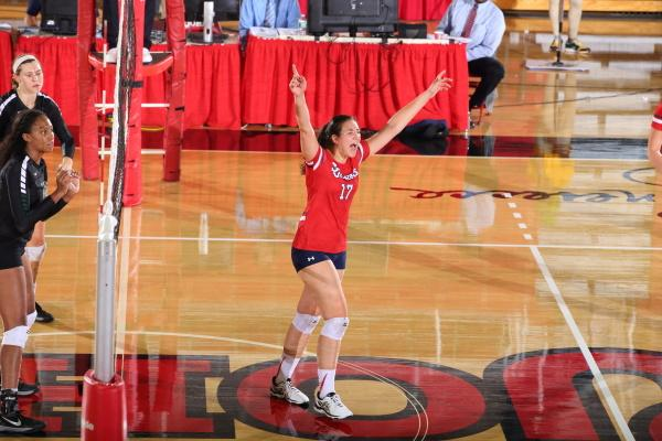 Erica Di Maulo leads all NCAA freshman in assists per set. (Photo Credit: St. John's Athletics)