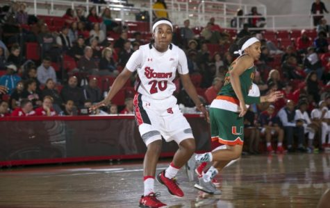 Akina Wellere leads the Red Storm in points per game early this season. (Photo Credit: RedStormSports.com).