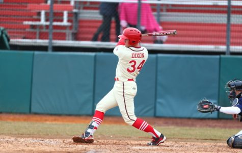 Baseball: Red Storm reigns in extra innings