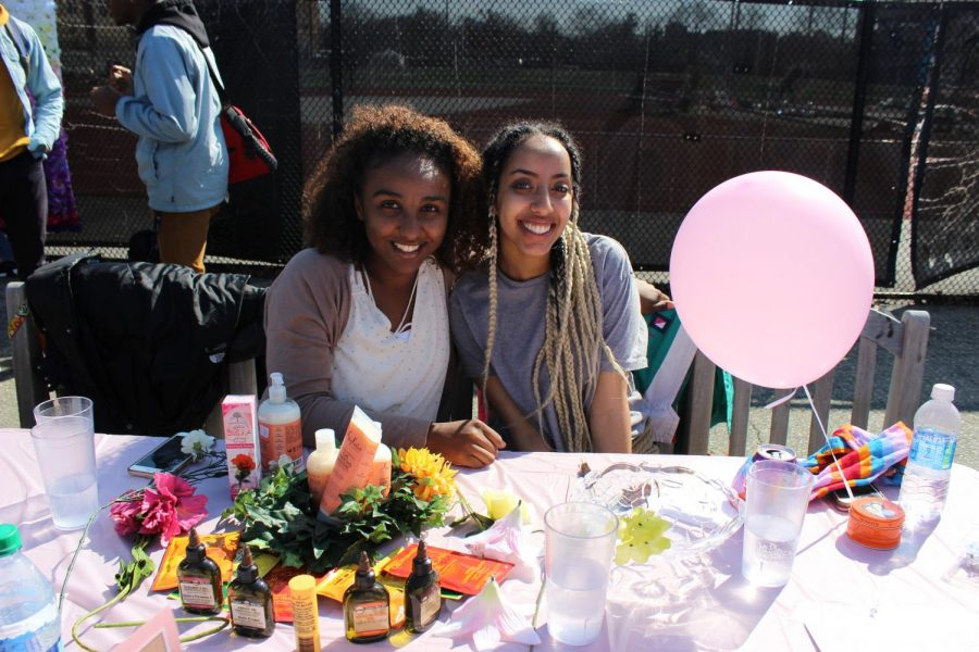 St. John's brings Curl Fest to campus with Curls Nation. Whether it was food, performances or activities, different organizations took part in the event by bringing their own products to the table to celebrate diversity. Collegiate Curls of SJU provided natural hair products for purchase. Delta Kappa Chapter also created homemade hair masks out of mayonnaise, olive oil and honey. Artists and healers were also present, providing their creations that inspired students with their unique talents.