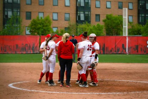 Softball Coach Amy Kvilhaug Steps Down After 12 Seasons
