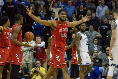 St. John's Falls to Seton Hall in OT